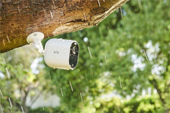 Arlo Essential Spotlight -valvontakamera LED-valolla, valkoinen, kuva 8