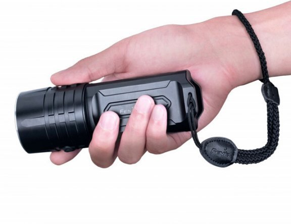 Fenix LR35R -taskulamppu, kuva 5