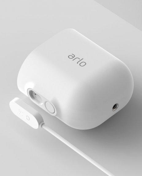 Arlo Ultra -valvontajärjestelmä kolmella 4K Ultra HD -tasoisella kameralla, kuva 6