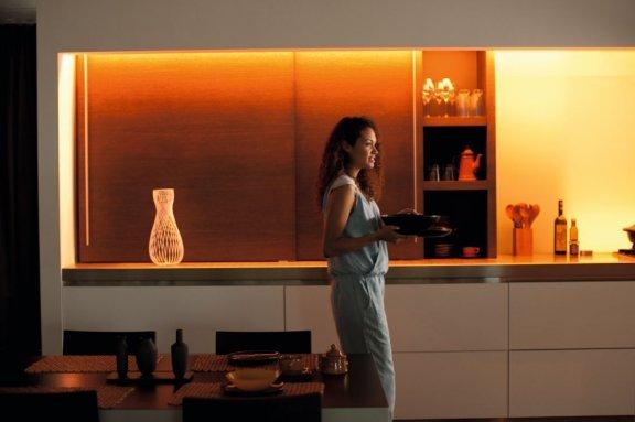 Philips Hue LightStrips Plus -valonauha, Bluetooth, 2m aloituspakkaus, kuva 11