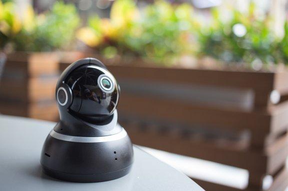 Yi 1080p Dome -valvontakamera, musta, kuva 9
