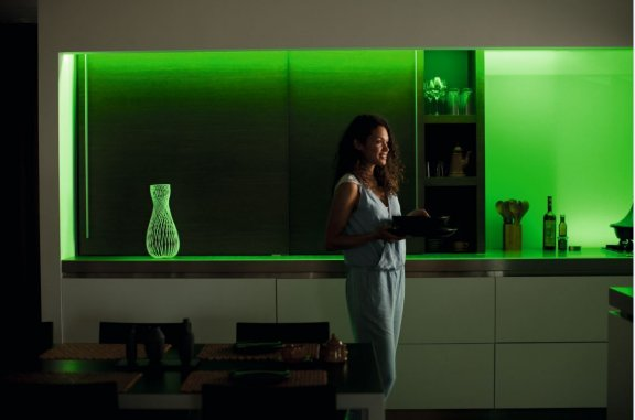 Philips Hue LightStrips Plus -valonauha, Bluetooth, 2m aloituspakkaus, kuva 12