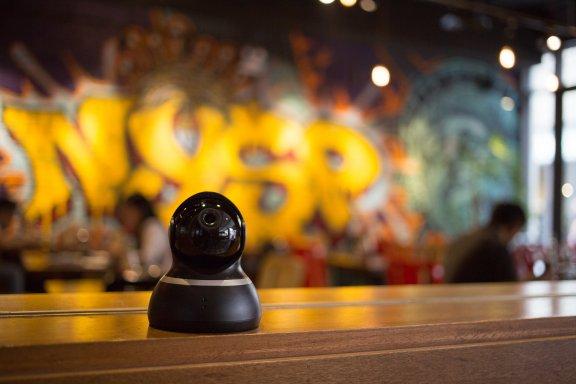 Yi 1080p Dome -valvontakamera, musta, kuva 10