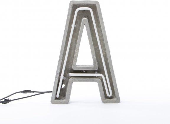 "Seletti ""Alphacrete"" Letter A -valokirjain, betoni ja lasi, 40cm, kuva 3"