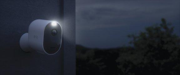 Arlo Pro 3 -valvontajärjestelmä neljällä 2K QHD -tasoisella kameralla, kuva 14