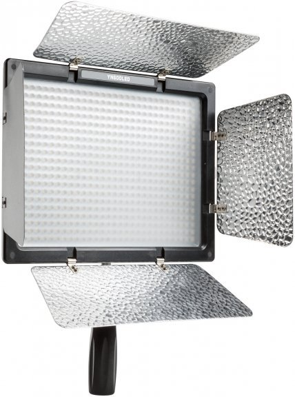 YongNuo YN-600 LED-valaisin