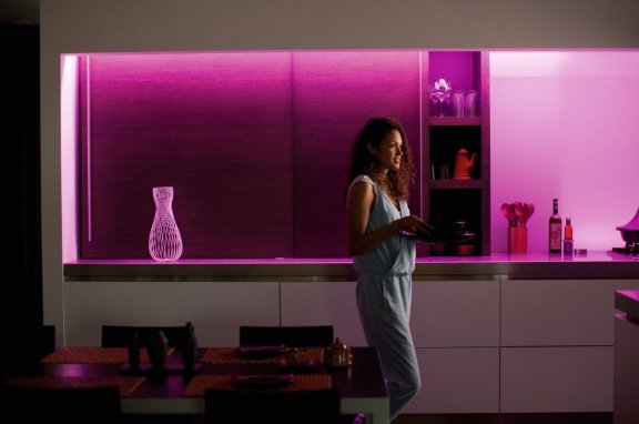 Philips Hue LightStrips Plus -valonauha, Bluetooth, 2m aloituspakkaus, kuva 14