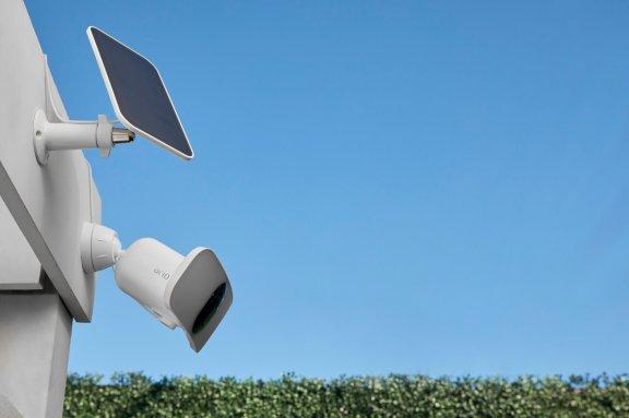 Arlo Pro 3 Floodlight -valvontakamera 2K-tarkkuudella ja LED-valaisimella, valkoinen, kuva 6