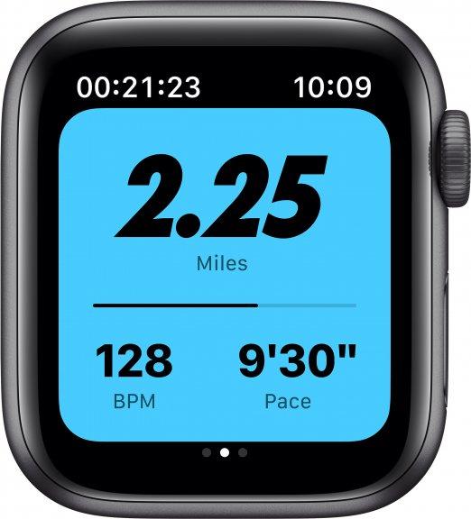 Apple Watch Nike SE (GPS) 40 mm tähtiharmaa alumiinikuori ja antrasiitti/musta Nike Sport ‑ranneke, MYYF2, kuva 3