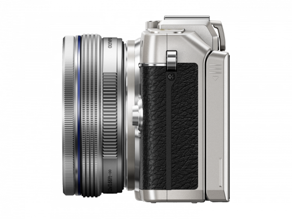 Olympus PEN E-PL7 hopea + 14-42 mm EZ objektiivi, kuva 6