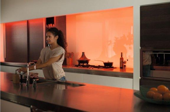 Philips Hue LightStrips Plus -valonauha, Bluetooth, 2m aloituspakkaus, kuva 21