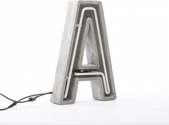 "Seletti ""Alphacrete"" Letter A -valokirjain, betoni ja lasi, 40cm, kuva 4"