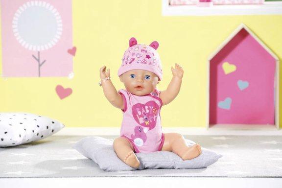 Baby Born -vauvanukke, interaktiivinen, kuva 5
