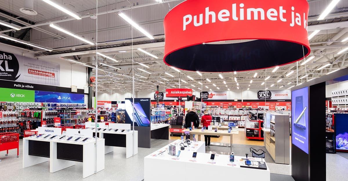 Puhelimet-osasto Oulun myymälässä