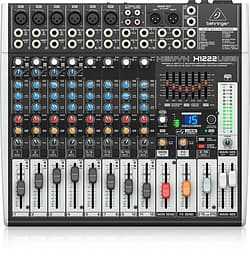 Behringer Xenyx X1222USB -kompaktimikseri