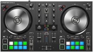 Native Instruments Traktor Kontrol S2 MK3 -DJ-ohjain