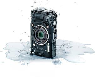 Olympus TOUGH TG-6 -digikamera, musta