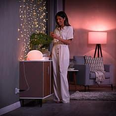 Philips Hue -tuotepaketti: White and color ambiance -starter kit E27: 3 lamppua ja silta sekä Motion sensor ja Hue Plug, kuva 12