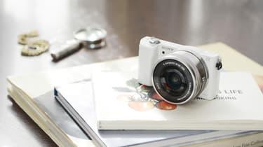 Sony α5000 KIT 16-50 mm, valkoinen, kuva 2