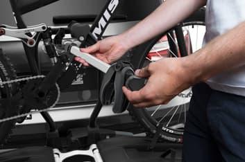 Thule EasyFold XT 2 -pyöränkuljetusteline, kuva 5