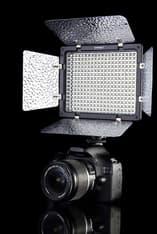 YongNuo YN-300 LED-valaisin