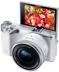 Samsung NX500 + 16-50mm PZ OIS, valkoinen